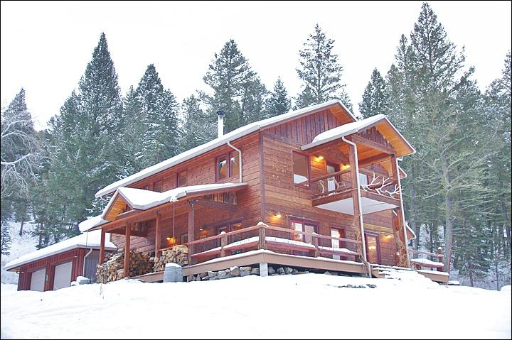 A Covered Entrance, Wraparound Deck & Upper Balcony are Features of this Large Gallatin River home. - The Gallatin River is Right Outside - Great National Forest Views (1048) - Big Sky - rentals