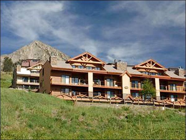 Paradise Condominiums - Beautiful Mountain Views - Centrally Located (1044) - Crested Butte - rentals
