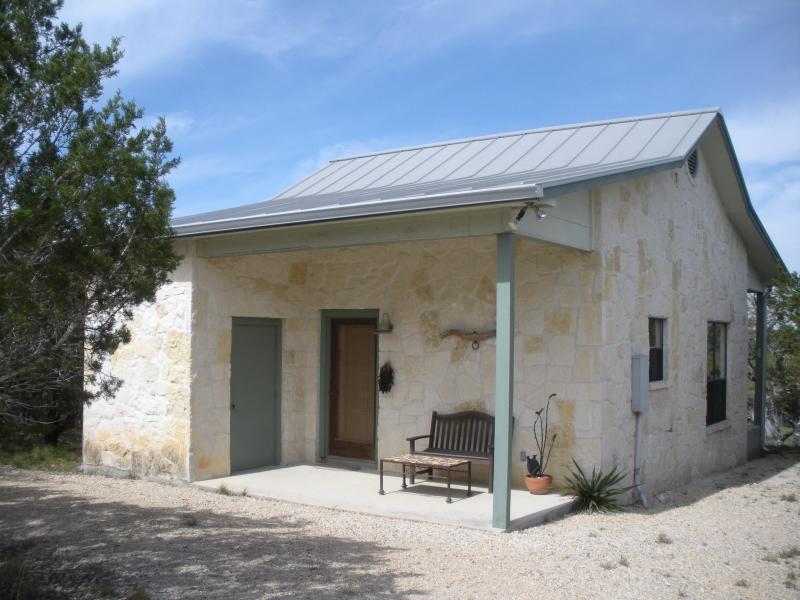 Front Entry - Texas Hill Country Guest House - Bandera - rentals