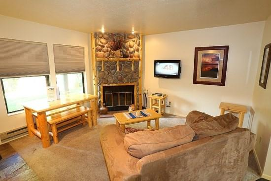 Relaxing Mountain Getaway Minutes From Snowbasin And Powder Mountain - Image 1 - Eden - rentals