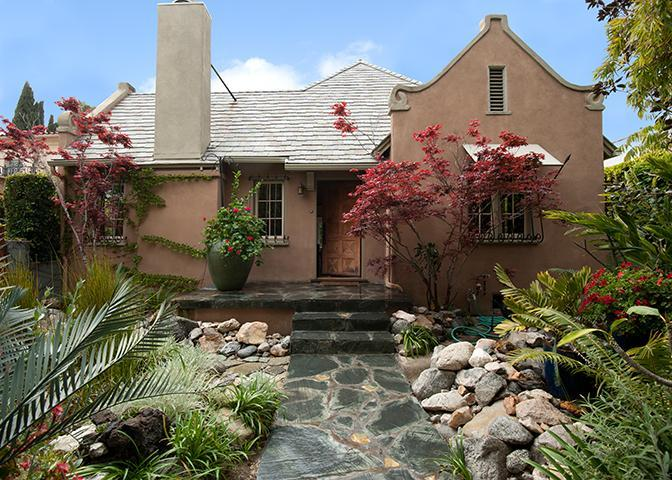 Exquisitely Landscaped Private Front Yard - Executive Hollywood Retreat -- House: Pool/Spa/Gym - Hollywood - rentals