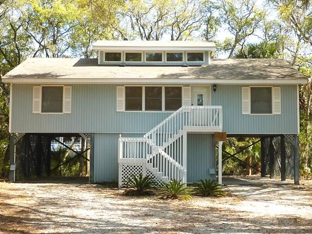 "1104 Jungle Rd - ""Johnson's Lagoon View"" - Image 1 - Edisto Beach - rentals"