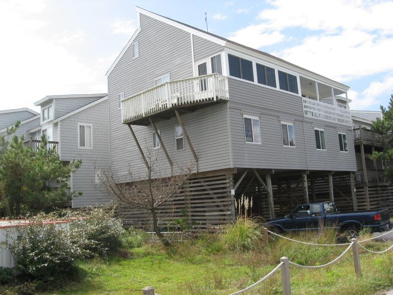 Oceanside Townhouse AL'MOST Wasn't - Image 1 - Corolla - rentals