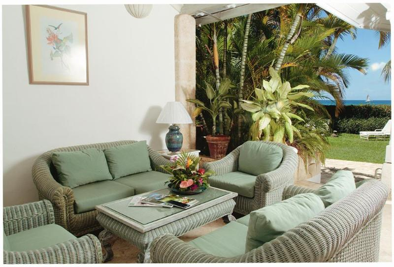 Aspicia, Emerald Beach #5 at Gibbes Beach, Barbados - Beachfront, Communal Pool, Over An Acre Of Landscaped Gardens - Image 1 - Gibbs Bay - rentals