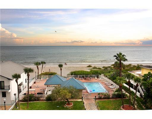 Ahhh, what a view from your private balcony 5 stories up (4th floor) - Renovated! Beach Front w/ Beautiful Sunset Views - Redington Shores - rentals