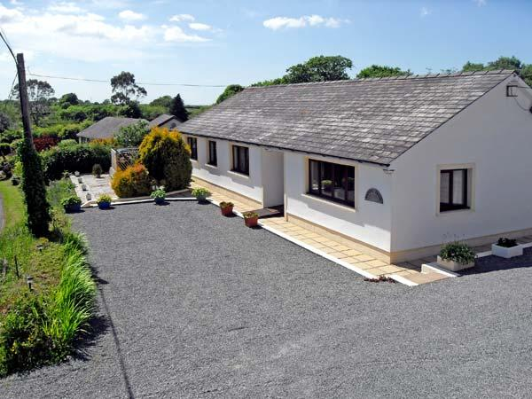 BADGERS BROOK, pet friendly, country holiday cottage, with a garden in Narberth, Ref 13470 - Image 1 - Narberth - rentals
