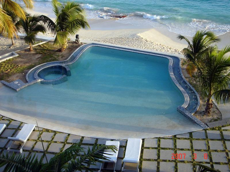 Rendezvous at Las Arenas, Saint Maarten - Beachfront, Ocean View, Communal Pool - Image 1 - Saint Maarten - rentals