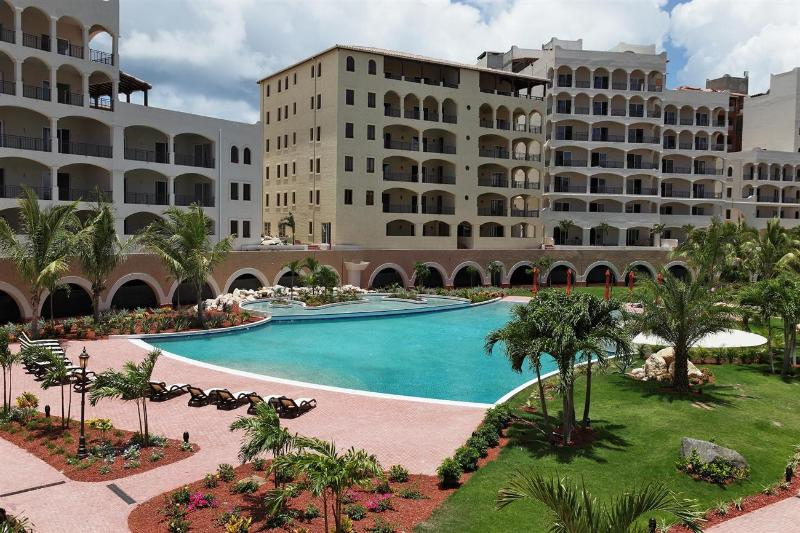 Marina Vue at Cupecoy, Saint Maarten - Gated Community, Communal Pool, Walk To Restaurants - Image 1 - Cupecoy - rentals