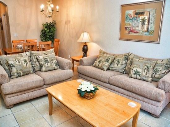 Living Area - RO3T2716RL 3 Bedroom with Large Community Pool - Kissimmee - rentals
