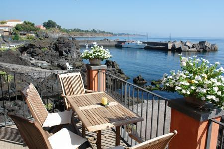 Casa Margherita - House on waterfront with private access to the sea - Acireale - rentals