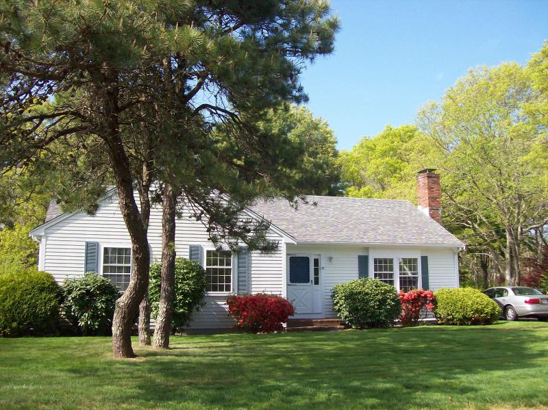 View of House and Property - Private 3 Bedroom house, fully furnished,Cape Cod - Falmouth - rentals