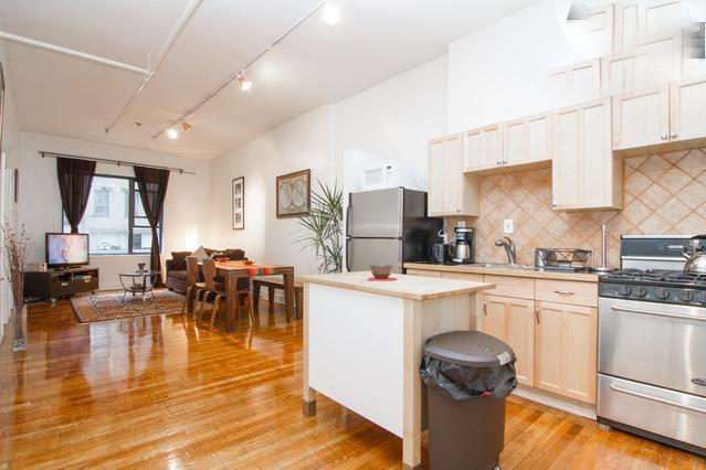 Open Kitchen Dining Area Living room - Sunny Spacious Loft on 5Th Ave - New York City - rentals