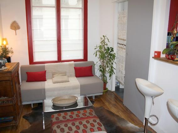 Beautiful 1BR for 4 / Rue des Tournelles - apt 927 - Image 1 - Paris - rentals