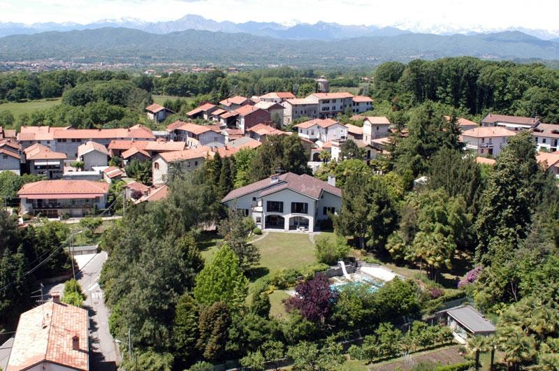 Vergante Estate holiday vacation large villa rental italy, lake district, italian lakes region, lake maggiore, lake orta, holiday vacati - Image 1 - Lake Maggiore - rentals