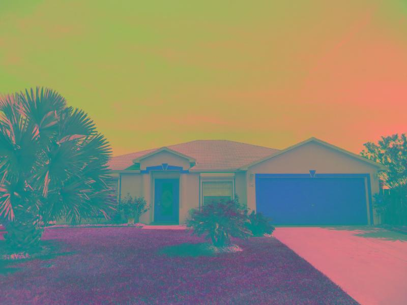 VILLA PALMS - SUNSETS....BEACH TRIPS....WELCOME TO PARADISE! - Cape Coral - rentals