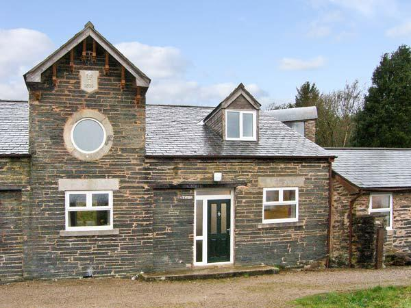 HENDRE ALED COTTAGE 2, family cottage, with three bedrooms, and open plan living area, in Llansannan, Ref 6480 - Image 1 - Denbigh - rentals