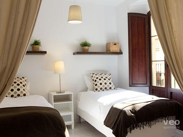 Loft-style apartment with 2 bedrooms for 4-6 guests. - Quirós 2A | Modern 2 bedroom 2 bath in the centre - Seville - rentals
