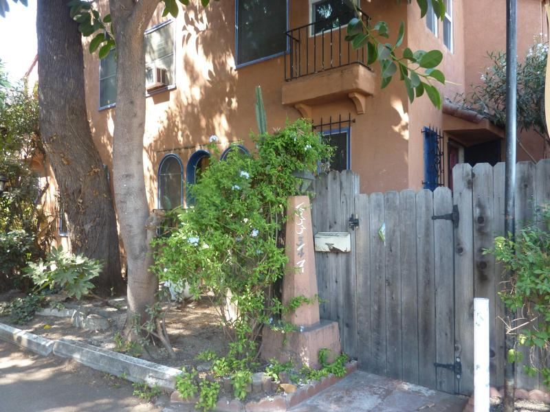 Hollywood Furnished Townhome - Image 1 - Los Angeles - rentals
