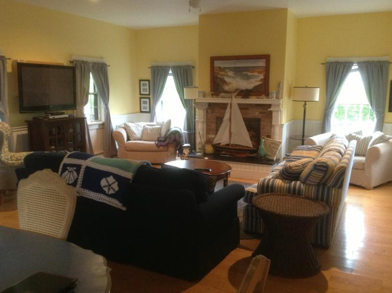 Living Room - Surfside Home, Convenient Location, 4 BR - 4.5 BA - Nantucket - rentals