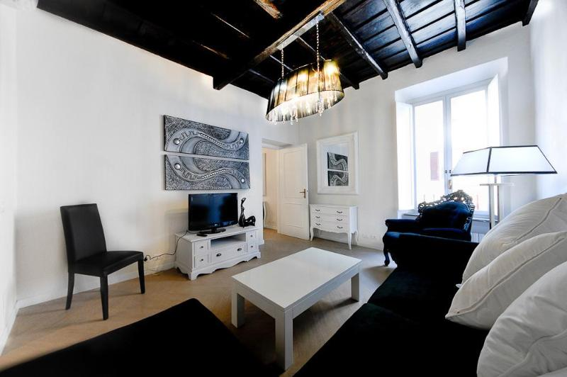 Living - Luxury 3Bdrs 2Bths in the Heart of Rome (Audrey) - Rome - rentals