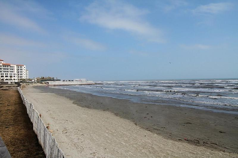 Beachview to the east from beach crossover - Beachfront Seascape 2BR 2BA Sleeps 8 NEW LISTING!! - Galveston - rentals