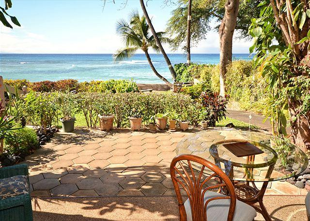 Quiet Private!! End unit! Walk out to the ocean!! - Image 1 - Lahaina - rentals
