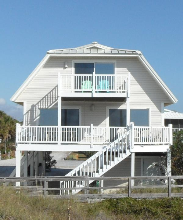 Covered and uncovered decks for beachfront viewing.  - DV - Beachfront, North Cape San Blas, pet friendly, WIFI - Cape San Blas - rentals