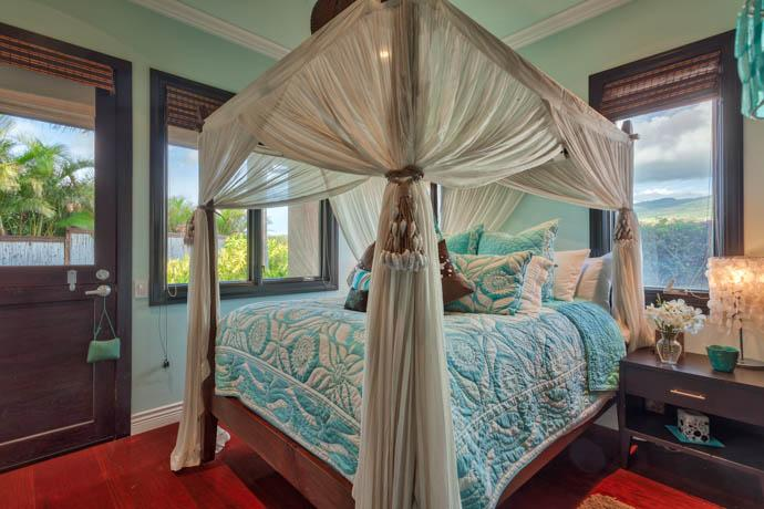 Master Bedroom with Queen Bed  - Luxury One Bedroom Ohana in Kaanapali, Maui! - Kaanapali - rentals