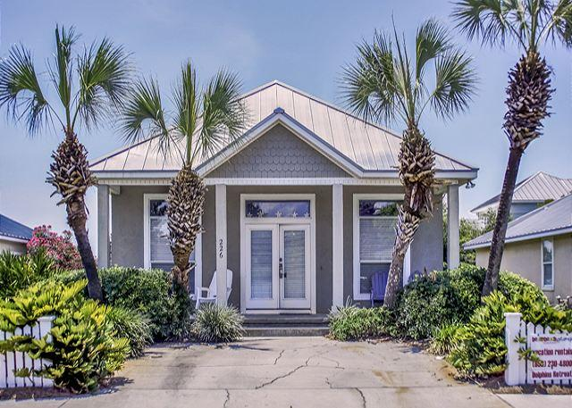 MARAVILLA HOUSE NEAR BEACH FOR 8! SAVE 10% ON SEPT/OCT STAYS! - Image 1 - Destin - rentals