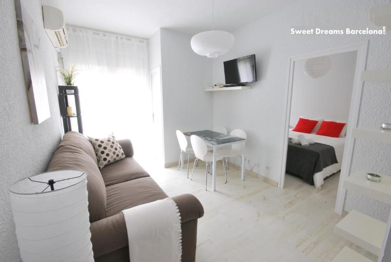 Cozy Apartment at Gracia district. Well located. - Image 1 - Barcelona - rentals