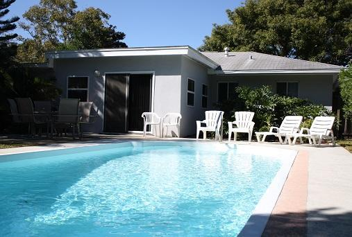 Private Backyard --- 15'x30' Pool - TROPICAL HAVEN w/ POOL - SUMMER SPECIAL - $1299/wk - Clearwater - rentals