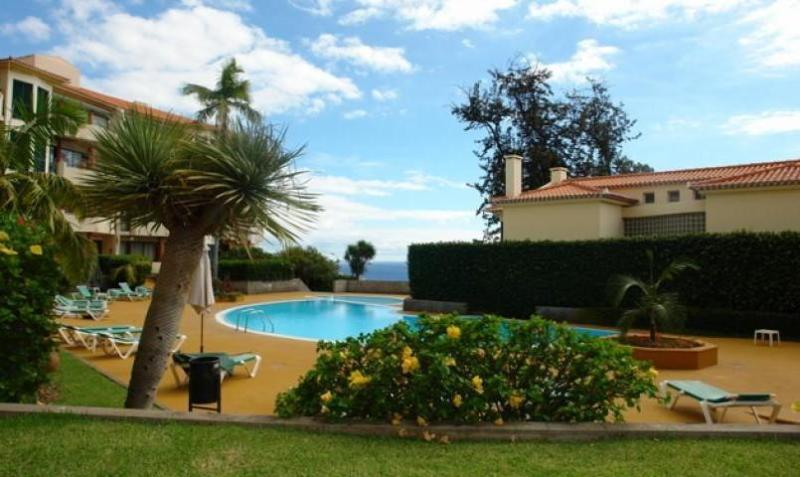 City Centre Quiet Exclusive Residential zone - POOL City Centre Large 3 bedrms! Sleeps 6 Parking - Funchal - rentals
