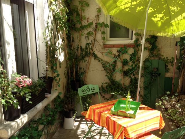 Cozy apartment with terrace in Avignon Intra-Muros - Image 1 - Avignon - rentals