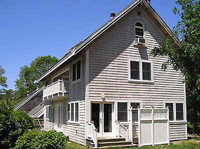 1628 - SET IN ENCLAVE ON EDGE OF TOWN - Image 1 - Vineyard Haven - rentals