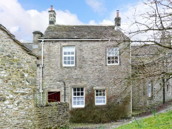 LANE FOLD COTTAGE end terrace, woodburning stove, centre of village of Grassington, Ref 11838 - Image 1 - Grassington - rentals