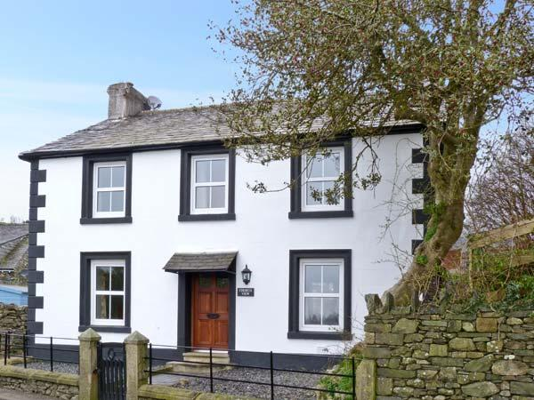 CHURCH VIEW, a detached farmhouse, with four bedrooms, woodburning stove, corner bath, close to Broughton-in-Furness, Ref 6762 - Image 1 - Cumbria - rentals