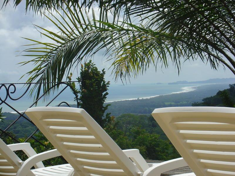 Pacific view from patio - Sea Breeze Casa and Nature Reserve - Dominical - rentals