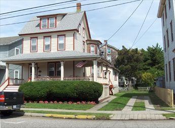 CLOSE TO BEACH AND TOWN 107154 - Image 1 - Cape May - rentals