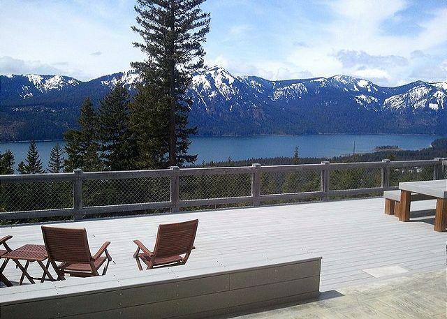 Large dec with big views of the lake and mountains! - Looking for panoramic views and privacy? Huge Hot Tub! *Summer SPECIALS* - Ronald - rentals