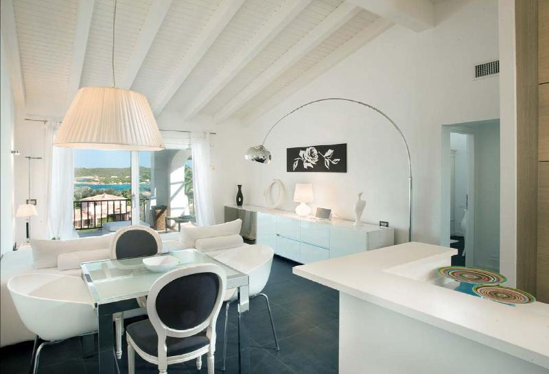 living and dining area - 2 BD, 1 BR Luxury Apartment in Porto Cervo - Porto Cervo - rentals