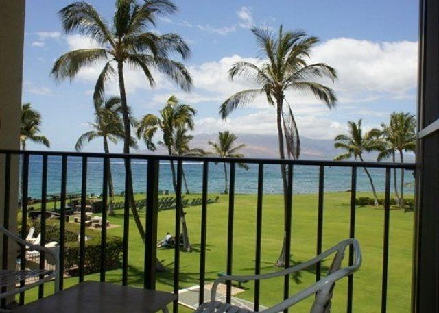 Enjoy the trade breezes and glorious Maui sunsets from the 3rd floor lanai of unit #309. - Auntie's Affordable Oceanfront Condo (KS309) - Kihei - rentals