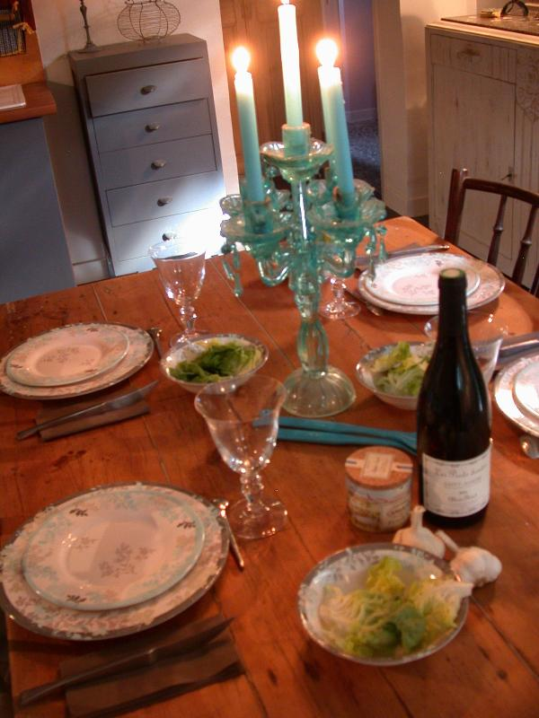 dishes, plates , fine  decoration  - air conditioned cottage+pool st remy provence - Le Paradou - rentals