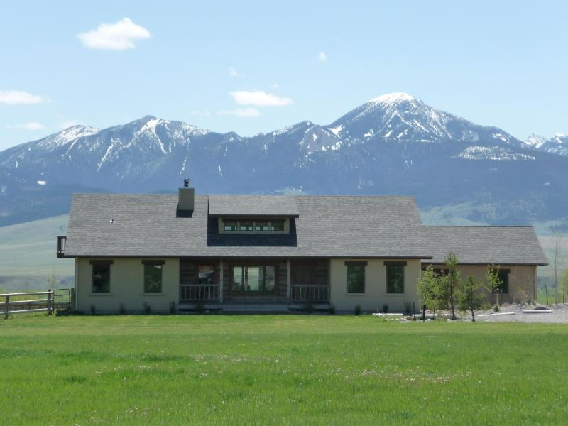Rennells House - Beautiful Mountain Views - Image 1 - Livingston - rentals