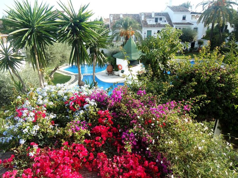 Charming Andalusian Townhouse right in Marbella - Image 1 - Marbella - rentals