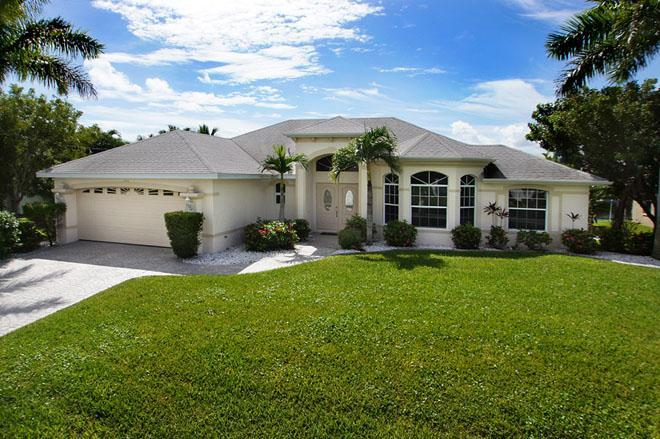 Front - Very nice canalfront home House Moravia - Cape Coral - rentals