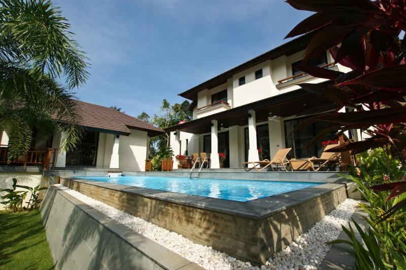 View from garden - Maenam, Koh Samui Beach & Golf Holiday Villa. - Mae Nam - rentals