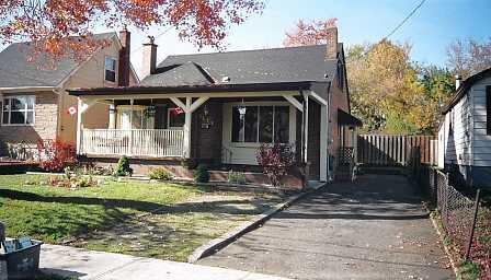 THE COTTAGE a 3 Bedroom Cottage in Niagara Falls - Image 1 - Niagara Falls - rentals