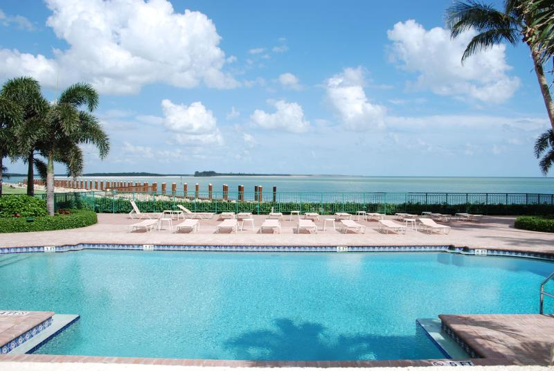 Pool with an ocean view...It doesn't get any better than this!   - Anytime in Marco is Marvelous!-2 mo rentals only - Marco Island - rentals