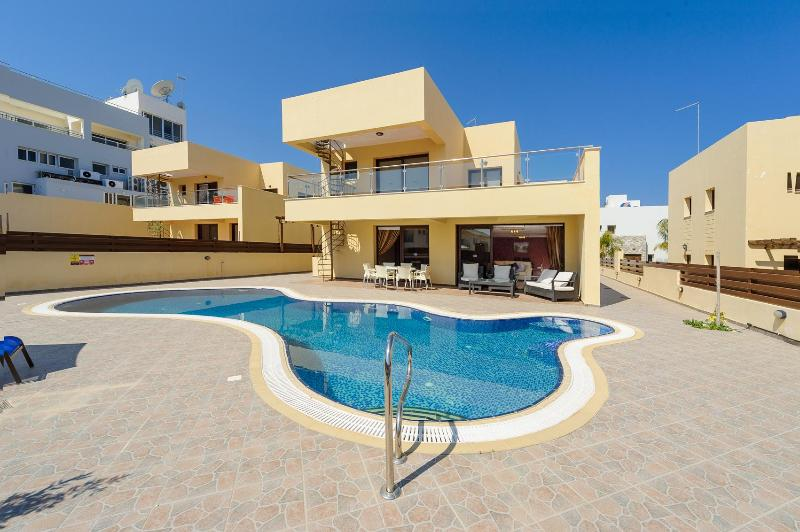 Swimming Pool  - Central Protaras Dream Villa No.10 - Protaras - rentals