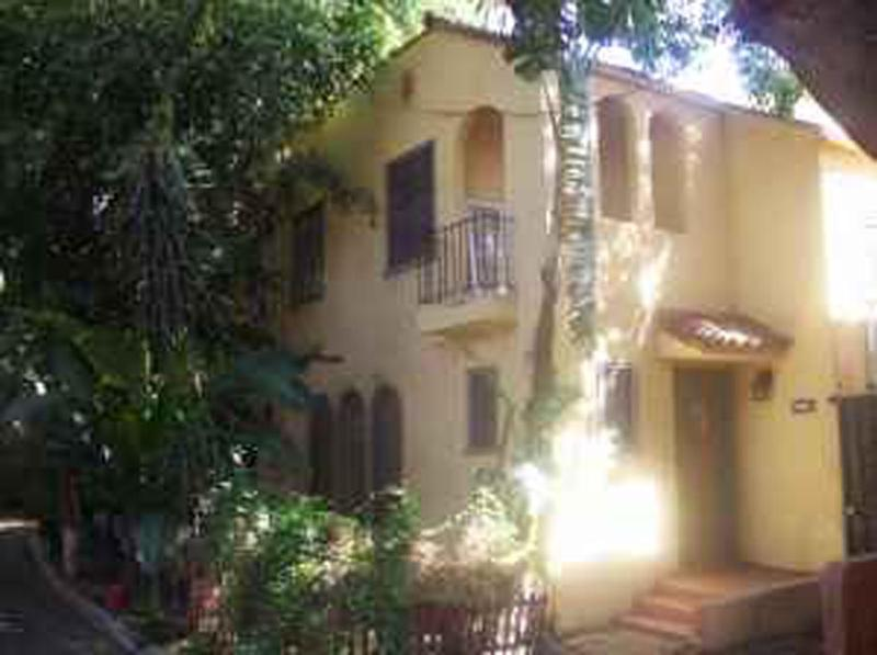 Hollywood Historic Townhome - Image 1 - Los Angeles - rentals